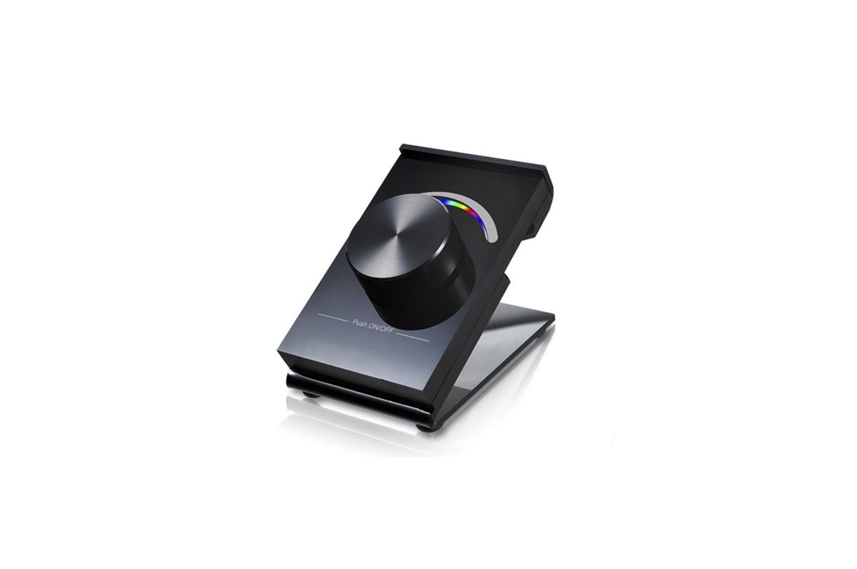 Dimmējama Bezvadu RF RGB Pults