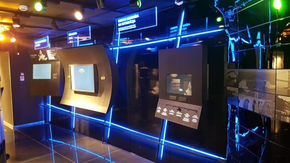 22W RGB LED 24V Lenta EU